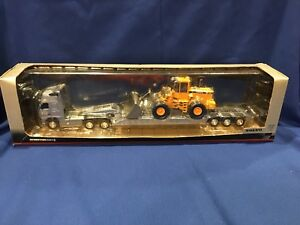 Motorart Hi-Tech Line Volvo Globetrotter XL & Loader 1:50 Brand New