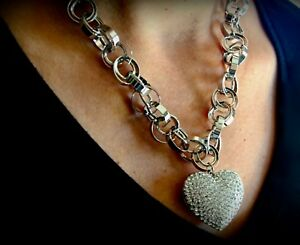 18k White Gold 3D Large Heart Pendant Necklace Circle w Swarovski Crystal Stone