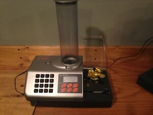 Re-loading Scale Lyman 1200 DPS Digtal Scale