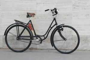 1933's Vintage lady bicycle Continental Wanderer old and rare bike