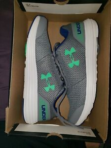 Under armour shoes womens Size 6.5Y $45.00