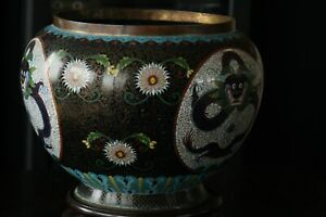 19th C Large Chinese cloisonné Dragons Vase with Gilding Neck and Wires