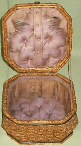 ANTIQUE SEWING BOX BASKET WOVEN SPLINT HINGED LID w HANDLE ROLL TUFTED DIAMONDS $55.00