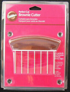 NEW! Wilton BROWNIE CUTTER - Perfect Cut Brownies