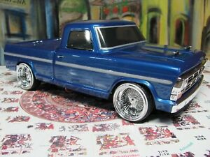 Vaterra 110 RC Lowrider 1968 Ford F-100 Pick Up Truck V100-S 4WD Brushed RTR
