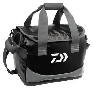 Daiwa D Vec Boat Bag Water Resistant Vinyl Bag for Bass Fishing and Boating