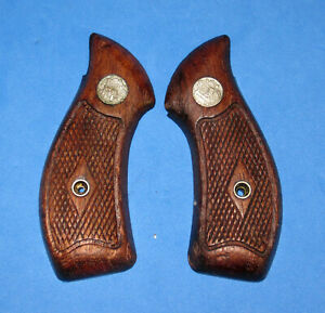 Smith & Wesson Revolver Grips, J Frame, RB, Center Diamond Checkering, Used, S&W