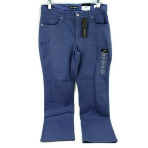 Women's Relaxed Fit Straight Leg Blue Jeans