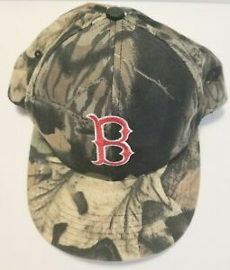 BOSTON RED SOX CAMOUFLAGE - ONE SIZE ADJUSTABLE BALL CAP HAT