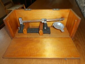 Vintage Reloading Powder Weigh Scale, Herters inc.