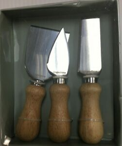 3pcs Cheese Knives with Wooden Handles.