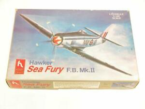1 48 Hobbycraft Hawker Sea Fury FB Mk II Plastic Scale Model Kit HC1583 Complete