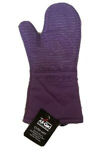 All Clad Heavy Silicone Oven Mitt Washable Plum Purple (1)