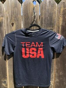 Team USA dry fit shirt men's size Small $12.49
