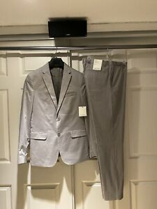 Calvin Klein New With Tags Full Suit Small Regular and Pants 32 32