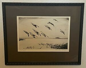 Original Churchill Ettinger Pencil Signed Sporting Art Duck Etching - Scaling In $175.00
