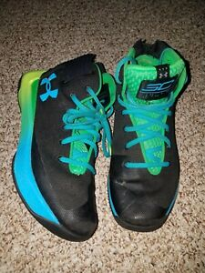 Under Armour Steph Curry Youth Boys Size 6Y Black blue yellow Shoes preowned $10.00