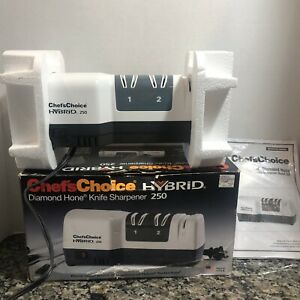 Chefs Choice 250 Hybrid Diamond Hone 3 Stage Knife Sharpener white black