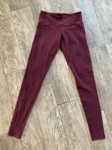 Lululemon Wunder Under Black Cherry 6 Full length EUC  $58.00