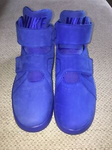 New Nike Blue Fashion Shoes For Men Size 9. $65.00