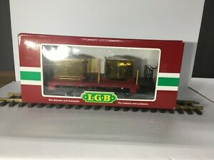 LGB # 42140 CHRISTMAS TRANSPORT CAR STEEL AND PLASTIC WHEELS INCLUDED