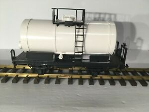 LGB # 45408 UNDECORATED 2 AXLE WHITE TANKER CAR