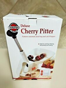 Norpro Deluxe Cherry Pitter with Clamp **new in box** $3.99