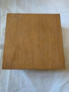Longaberger Square Wood Riser for Cake Pie or small Picnic Basket $16.00