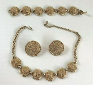 BARCLAY RETRO GOLD TONE ROUND DIMPLE LINK STYLE JEWELRY SET – 1940's