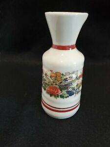 Vintage Japanese Satsuma porcelain Saki pitcher 5 gold accents