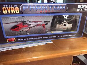 World Tech Toys S107 Phantom 3.5 Channel Mini Metal R C Helicopter Gyro Red