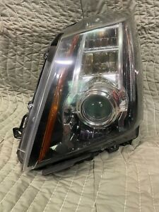 Left Drivers Cadillac CTS V Genuine GM Headlamp Assembly 22755337 Xenon HID $400.00