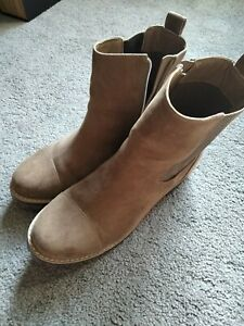 mens shoes size 11 used $22.00