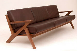 Poul Jensen Selig Z couch inspired by