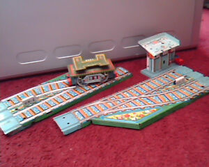 vintage collectable toy train set tracks tin