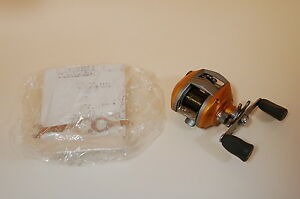 Daiwa Liberto Pixy Orange Amber Good Bait Casting Reel 27081105
