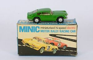 triang m1581 aston martin db6 excellent