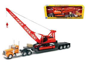 NEWRAY 1:32 KENWORTH W900 WITH CONSTRUCTION CRANE 11293C