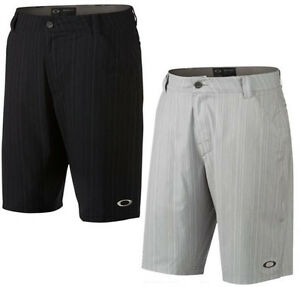 Oakley Men's Turnpin 10.5 O-Hydrolix Golf Shorts