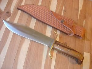 GOOD LOOKING VINTAGE WESTERN BOWIE USA SURVIVAL FIGHTING KNIFE + LEATHER SHEATH
