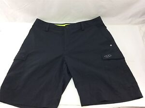 Under Armour Men's Flat Front Polyester Black Golf Shorts Size 34