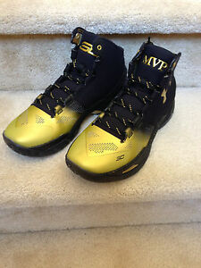 UNDER ARMOUR UA STEPH CURRY MVP PACK BACK 2 BACK B2B SIZE 9 IN HAND