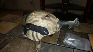 Special Forces KEVLAR ACH TACTICAL HELMET MEDIUM WITH EXTRAS