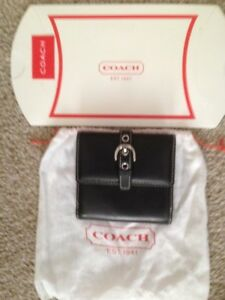 Coach Women's Black Leather Trifold Wallet Silver Buckle NEW