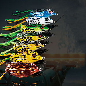 Cute Frog Topwater Fishing Lure Crankbait Hooks Bass Bait Tackle 7colors QI