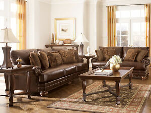 NEW REDDING Traditional Living Room Brown Bonded Leather Oversize Sofa Couch Set
