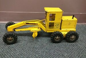 Vintage TONKA Pressed Steel STATE HI-WAY Road Grader Toy Construction Truck  GUC