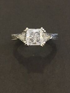 NEW Tacori Engagement Ring #10992 (PLATINUM)