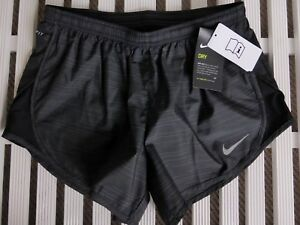 Small Womens Black NIKE DRY SPORTS Shorts Gym Running Yoga ZIP POCKET New Tags