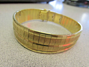 18k Gold Flex bangle Bracelet 86.5 Grams 8 inches Long x 34 inch   Make Offer